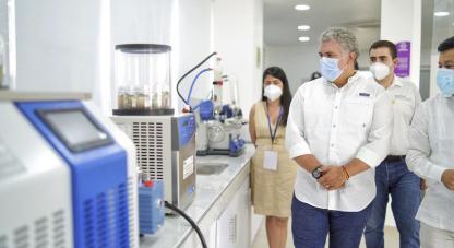 El fortalecimiento de laboratorios en las regiones del país tendrá una inversión de $253.473.896.043 del Sistema General de Regalías (SGR) a través del fondo de ciencia, tecnología e innovación (CTeI).