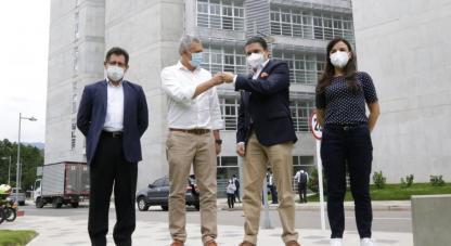 El ministro Tito José Crissien lideró este martes la visita al departamento de Santander, en el marco de su estrategia 'Ciencia para todos'.